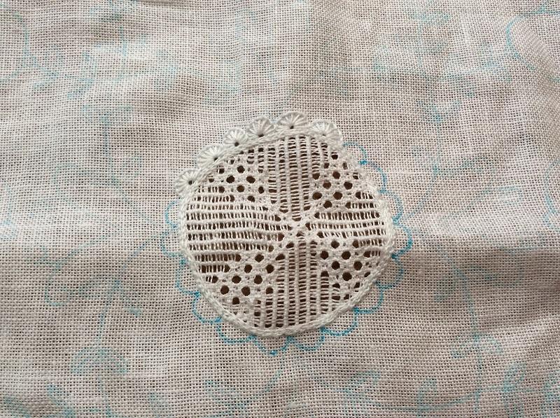 シュバルム刺繍のコツ