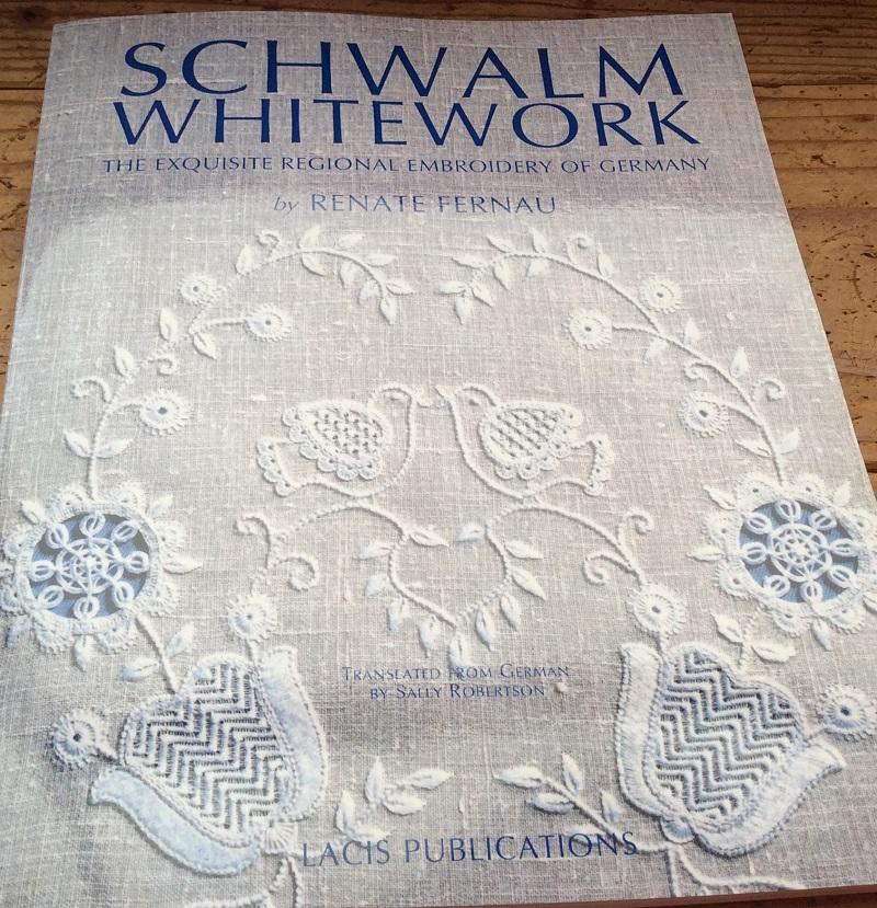シュバルム刺繍の本